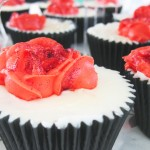 Pipped Poppy Cupcakes