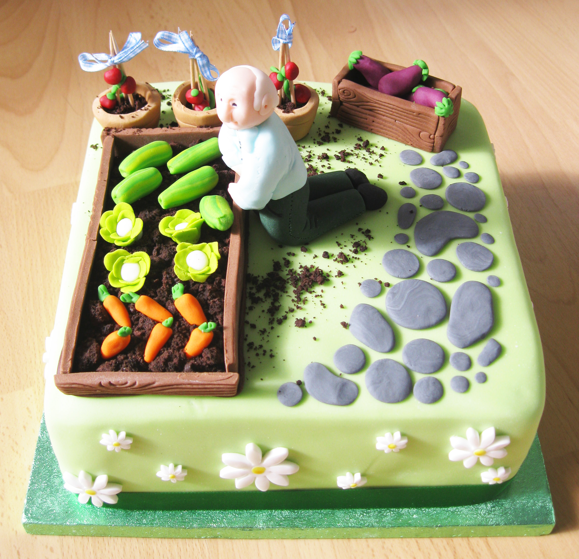 1000+ images about Allotmentvegetable cakes on Pinterest